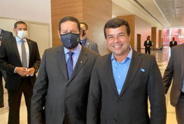 Mourão vem a Salvador e se encontra com dois candidatos à prefeitura | Divulgação