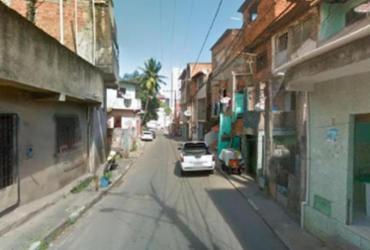 Corpo é encontrado em porta-malas de carro roubado em Brotas | Google Maps | Street View