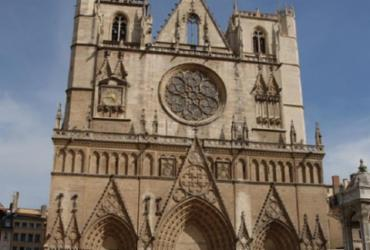 Padre ortodoxo é baleado em Lyon, na França |