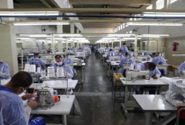 Indústria brasileira aponta baixa de produção por falta de matéria-prima | Foto: Funap / AFP