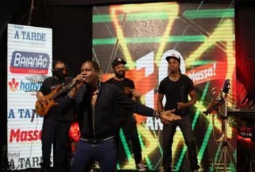 Live show com diversos artistas celebra 10 anos do jornal Massa! | Adilton Venegeroles | Ag. A TARDE