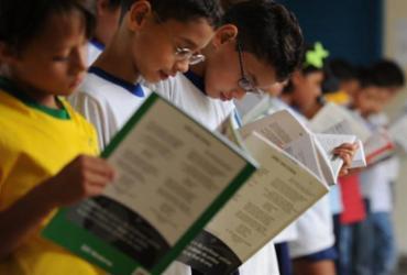 Correios e MEC preparam a entrega de 197 milhões de livros didáticos | Marcello Casal Jr. | Agência Brasil