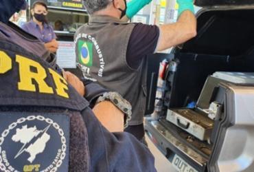 Operação identifica possível adulteração de combustíveis em três postos | Divulgação | PRF