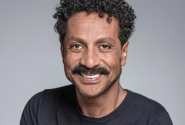 Ator Luis Miranda ministra oficina online 'O Personagem Cômico' nesta sexta | Divulgação