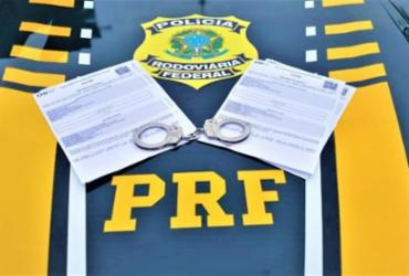 Mulher é presa transportando mais de 60 quilos de drogas | Divulgação | PRF