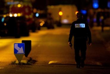 Operação policial ocorre na França contra islamitas após decapitação de professor |