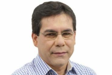 Prefeito de Riacho de Santana é punido pelo Tribunal de Contas dos Municípios