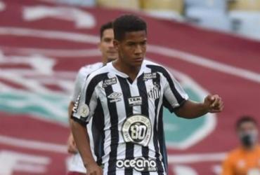 Aos 15 anos, Ângelo se torna segundo jogador mais jovem a estrear pelo Santos | Ivan Storti | Santos FC
