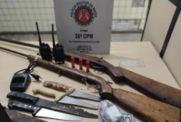 Suspeito de tráfico é preso com duas espingardas em Dias D'Ávila