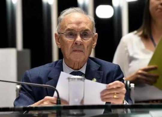 Senador Arolde de Oliveira morre vítima de complicações da Covid-19 | Jefferson Rudy | Agência Senado