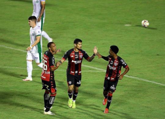 Vitória sai na frente, mas cede empate para o Guarani e segue em jejum | Adilton Venegeroles | Ag. A TARDE