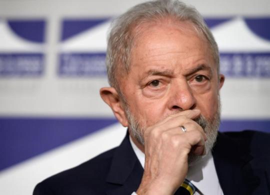 Ex-presidente Lula vira réu pela quarta vez na operação Lava Jato | Fabrice Coffrini | AFP