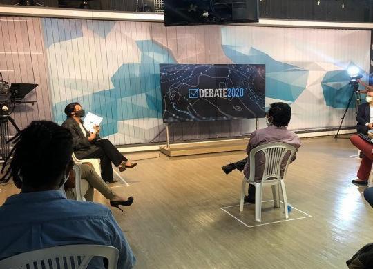 Candidatos à prefeitura de Salvador participam do primeiro debate na TV   Divulgação