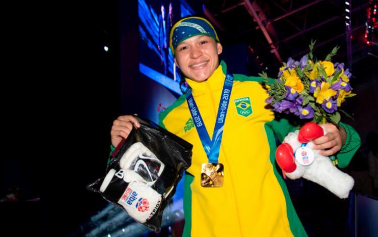 Em outubro do ano passado, na Rússia, Bia Ferreira conquistou a medalha de ouro no Campeonato Mundial - Foto: Divulgação | COB