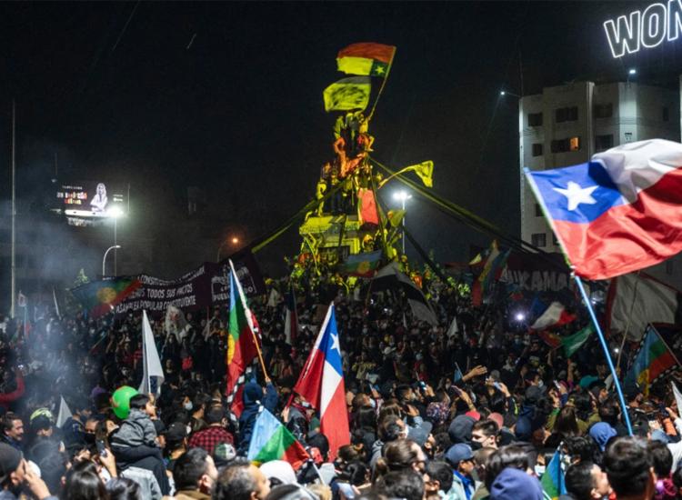 Antiga constituição havia sido realizada durante ditadura e foi derrubada em pebliscito - Foto: AFP
