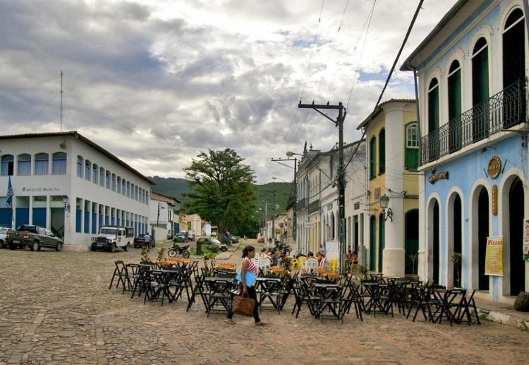 A chuva de granizo foi acompanhada por trovoadas e ventos fortes, como nunca se imaginou acontecer no município de Lençois - Foto: Divulgação|