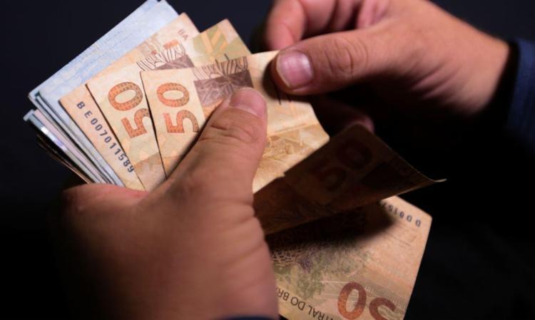 Prazo máximo para as empresas fazerem esse pagamento é o dia 20 de dezembro | Foto: Marcello Casal Jr | Agência Brasil - Foto: Foto: Marcello Casal Jr | Agência Brasil