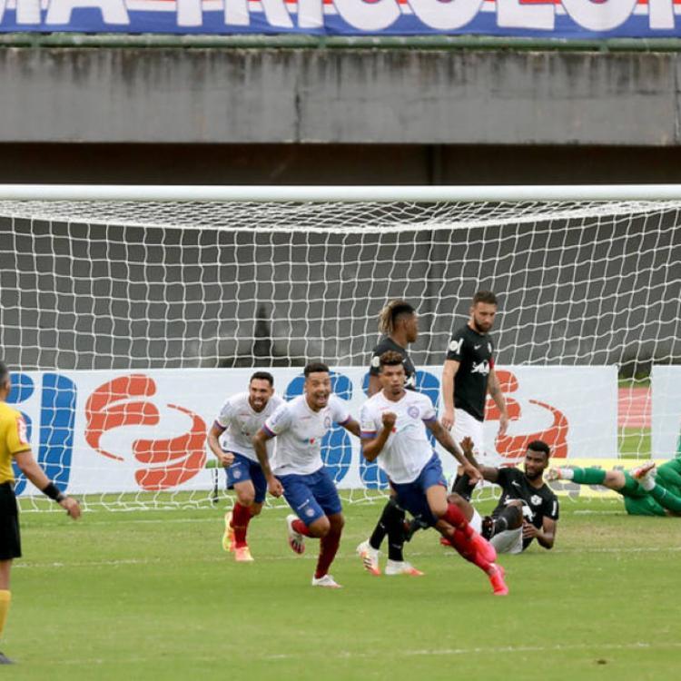Zagueiro e volante podem desfalcar time por um bom tempo | Foto: Felipe Oliveira | E.C.Bahia - Foto: Felipe Oliveira | E.C.Bahia
