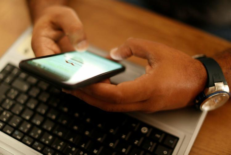 Pesquisa aponta que 45% dos brasileiros levaram as redes sociais em conta para a decisão do voto | Foto: Rafael Martins | Ag. A TARDE - Foto: Rafael Martins | Ag. A TARDE
