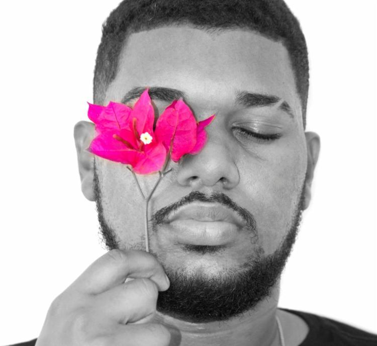 Em setembro, Fernanndez gravou uma participação no show do cantor D'Black para o Festival Colors | Foto: Divulgação - Foto: Divulgação