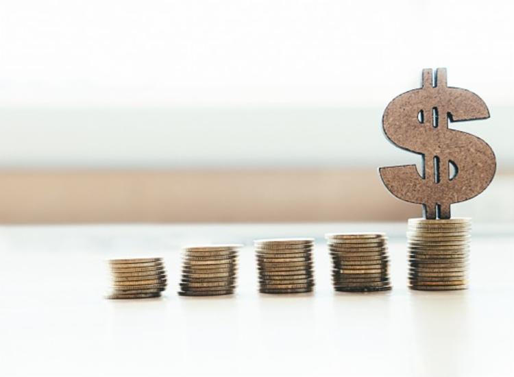 FMI diz que governos devem considerar aumentar os impostos sobre as famílias e empresas mais ricas - Foto: Reprodução | Freepik