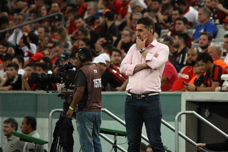 Última passagem do treinador pelo rubro-negro foi em 2018 - Foto: Guilherme Artigas l Fotoarena l Estadão Conteúdo