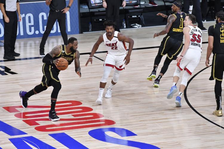 Butler voltou a carregar o Heat nas costas e evitou que a equipe de LeBron se tornasse campeã   Foto: Fernando Medina   AFP - Foto: Fernando Medina   AFP
