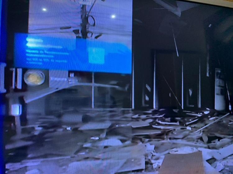 Com mais este caso, chega a três o número de ataques a agências bancárias nos últimos 20 dias na capital baiana   Foto: Reprodução   TV Bahia - Foto: Reprodução   TV Bahia