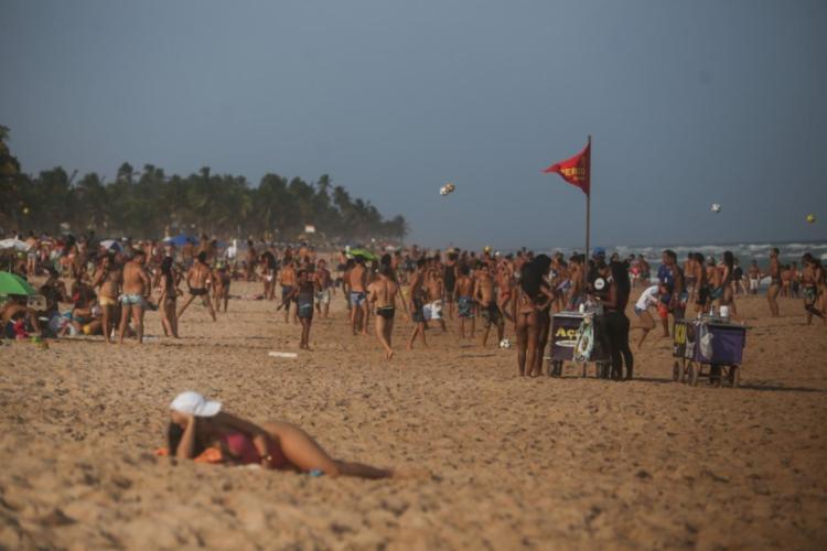 O acesso às praias estará permitido de segunda a sábado, com exceção da Praia do Porto da Barra | Foto: Foto: Raphael Muller | A Tarde - Foto: Foto: Raphael Muller | A Tarde