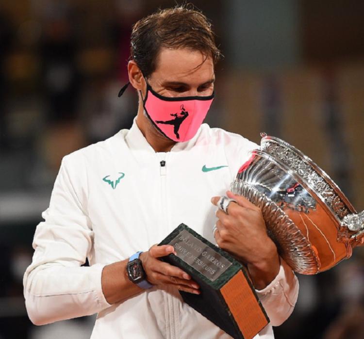 Tenista espanhol chegou ao seu 100º triunfo atuando na quadra francesa  Foto: Divulgação/ATP - Foto: Foto: Divulgação/ATP