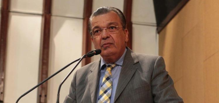 Targino é acusado de abuso de poder ao realizar atendimentos médicos em Feira de Santana - Foto: Divulgação