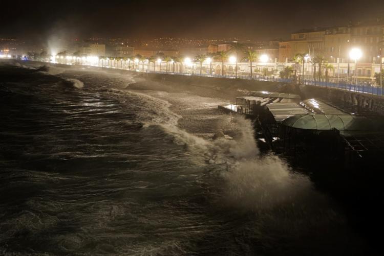 Oito pessoas continuam desaparecidas no lado francês e duas na Itália | Foto: Valery Hache | AFP - Foto: Valery Hache | AFP