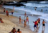 Uso das praias no Réveillon ainda será avaliado, afirma Neto | Foto: Felipe Iruatã | Ag. A TARDE