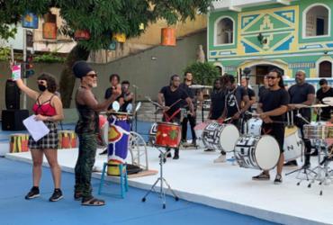 Carlinhos Brown vai ministrar curso sobre música e cultura ancestral em plataforma digital |