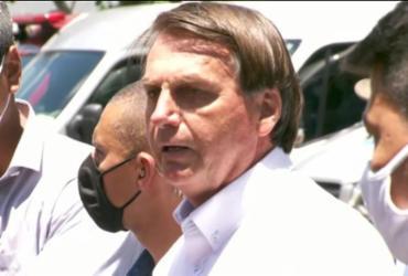 Bolsonaro vota no Rio e se mostra a favor do voto impresso | Reprodução | TV Globo