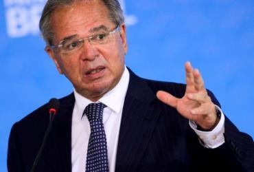 Vacinação em massa vai ser decisiva para a retomada da economia, afirma Guedes |