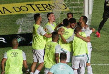 Chapecoense vence Sampaio e se isola na liderança da Série B  