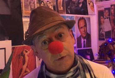Frank Menezes volta aos palcos interpretando 'Pai Lavoisier' no Teatro Módulo | Divulgação