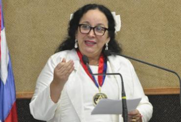 Quando os advogados choram: o caso da desembargadora Maria Santiago   Divulgação