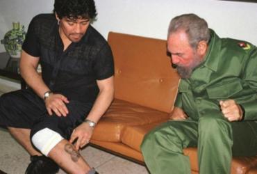 Diego Maradona morreu na mesma data que o grande amigo Fidel Castro | Divulgação | Biografia Maradona