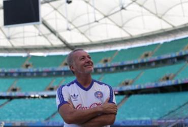 Herói em 88: Bahia parabeniza ídolo Bobô em seu aniversário | Luciano da Matta | Ag. A TARDE