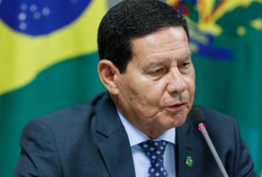 Mourão minimiza fala de Eduardo Bolsonaro e defende relação com a China | Divulgação