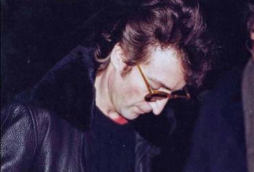 Álbum autografado por John Lennon para seu assassino será leiloado | Divulgação