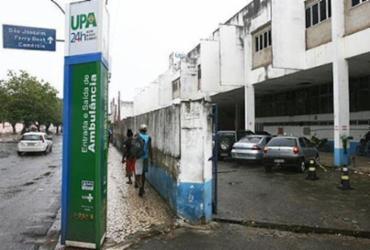 Jovem morre em UPA após ser baleado na Av. Dendezeiros | Fernando Amorim | Ag. A TARDE