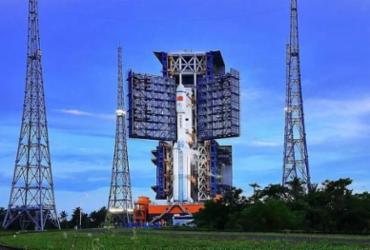 China lança sonda para coletar amostras da Lua |