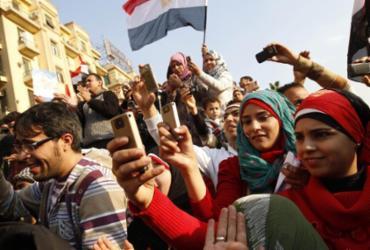 Dez anos da Primavera Árabe, a primeira revolução do smartphone | Mohammed Abed | AFP