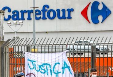 Defensoria pede R$ 200 milhões em ação contra Carrefour e empresa de segurança |