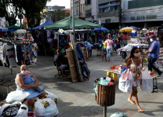 Informalidade volta a crescer na Bahia e atinge 51,3% dos trabalhadores, aponta IBGE | Felipe Iruatã | Ag. A TARDE | 24.7.2020