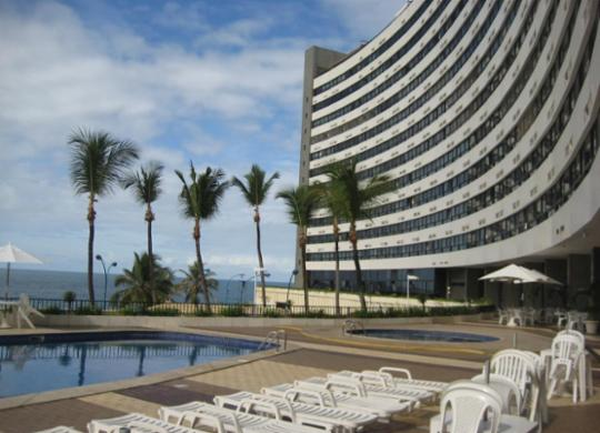 Turista carioca morre após cair de sétimo andar de hotel na Ondina   Divulgação