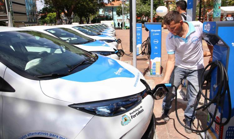 Fortaleza criou primeiro sistema público de carros elétricos do país
